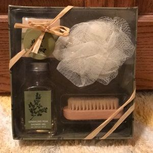 Sparkling Pear Bath gift set